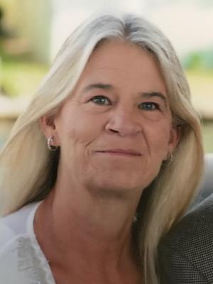 Lois Rollins